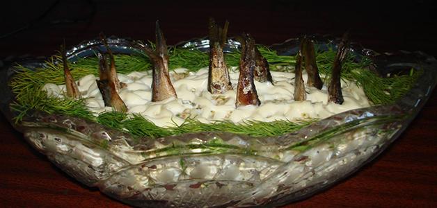 """Классический салат """"Рыбки в пруду"""""""