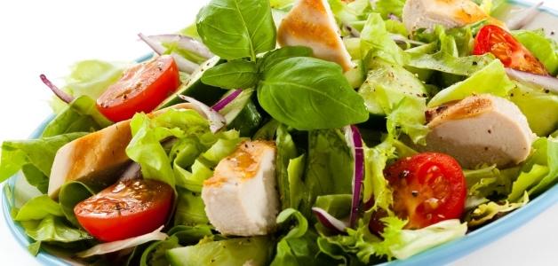салат с бальзамическим уксусом и помидорами