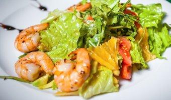 Салат с креветками – 6 самых вкусных рецептов