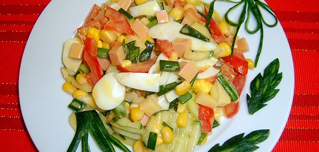 Салат с пекинской и кукурузой