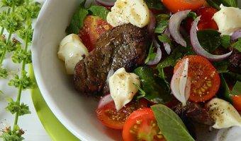 Салат с куриной печенью – 5 рецептов