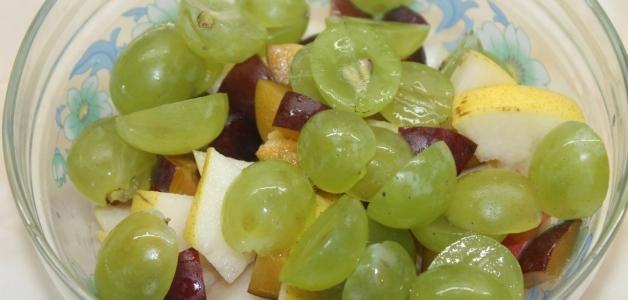 салат с мандаринами и яблоками