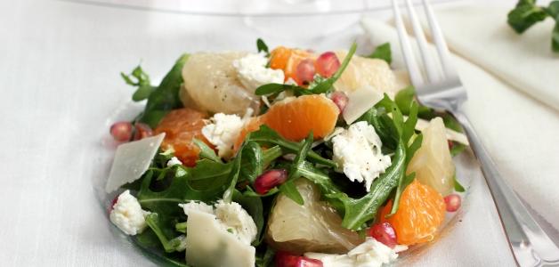 салат с помело и сыром