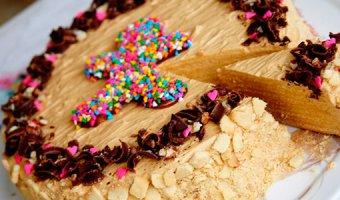 Торты со сгущенкой – самые вкусные рецепты