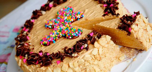 Самые вкусные рецепты тортов со сгущенкой