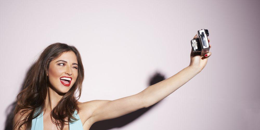 ... селфи – как делать модные фотографии: polzavred.ru/pravila-selfi-kak-delat-modnye-fotografii.html