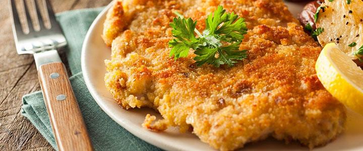 Шницель из куриной грудки – 3 простых рецепта