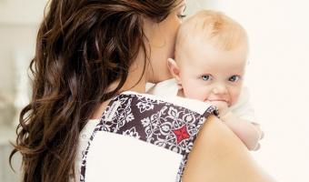 Срыгивание у новорожденных – причины и способы борьбы