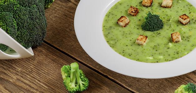 Суп из брокколи: 4 полезных рецепта