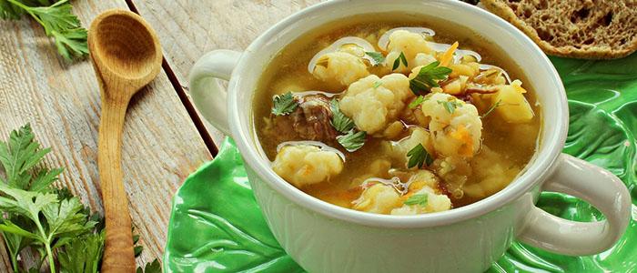 Суп из цветной капусты на курином бульоне