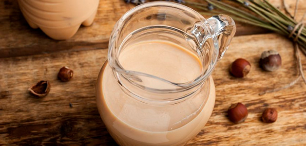 Топленое молоко – польза, вред и отличия от коровьего