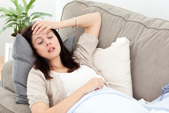 Что делать при тошноте и рвоте в домашних условиях 15