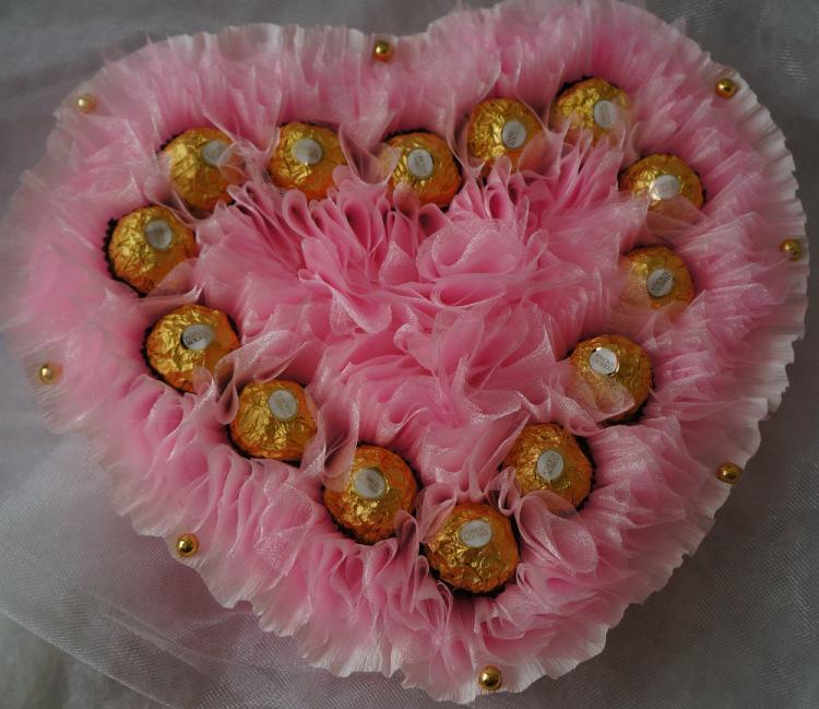 Сердце с конфетами своими руками фото 129