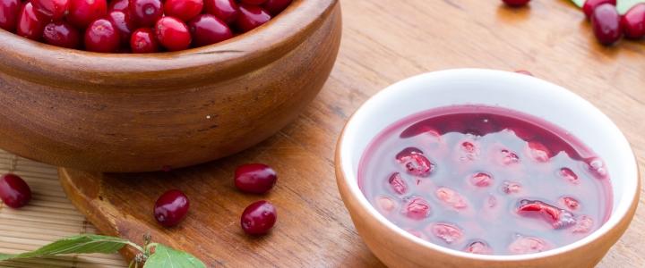 Варенье из кизила - рецепт с косточками и без, как варить, полезные свойства
