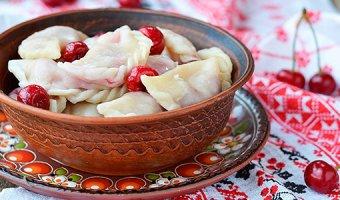 Вареники с вишней – готовим вкусное блюдо