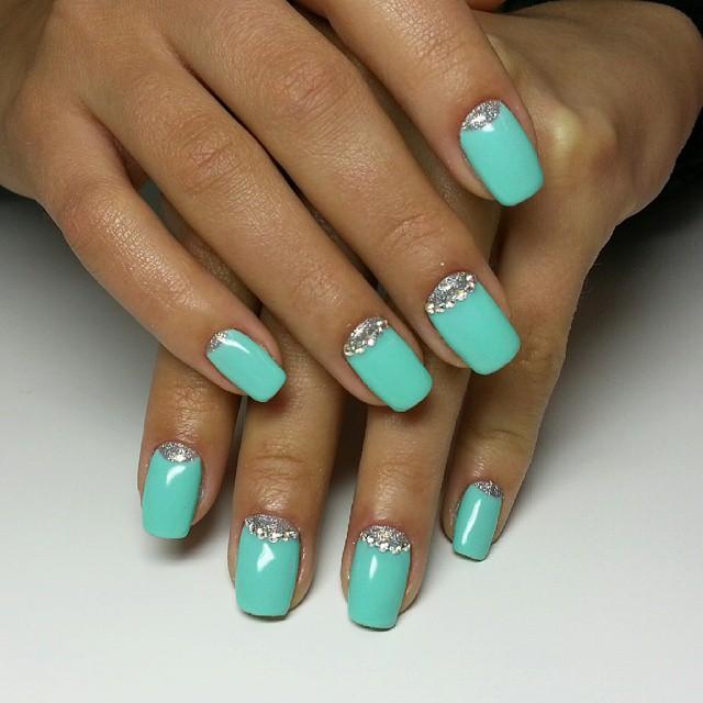 Дизайн ногтей винилюксом