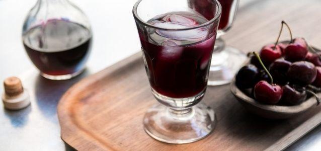 сделать вино из вишни