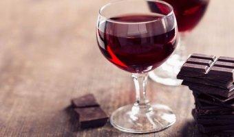Вино из вишни – 4 рецепта домашнего напитка