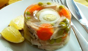 Заливная рыба: вкусные пошаговые рецепты